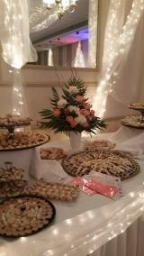 <h5>Dessert Table</h5>