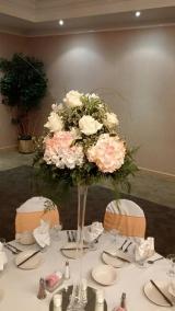 <h5>Vase Centerpiece</h5>